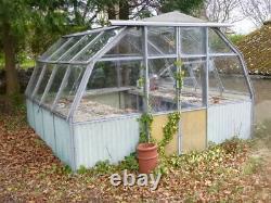 1960's HARTLEY BOTANIC LTD Green house