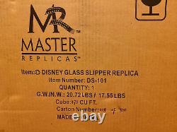 Master Replicas Disney Cinderella Glass Slipper Limited Edition 2500 MIB