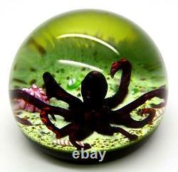 WILLIAM MANSON Beautiful Purple Octopus Art Glass 1992 Paperweight, Apr 2.5Hx3W