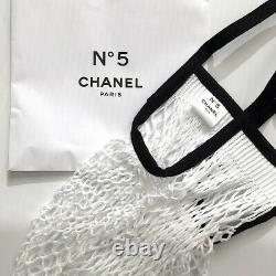 Chanel Factory 5 Limited Edition Bouteille D'eau En Verre Avec Filet De Poisson Sac & Boîte Cadeau