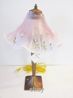 Fenton Accent Lampe 17-1/2 Tall Rare Mint Marque Newithbox Hp- Signé Tammy Neader
