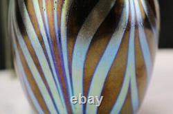 Fenton Favrene Fédéraux Fédéraux Fédéraux Fédéraux Fédéraux Fédéraux Fédéraux Signé 2002 Vase D'échantillon Ooak