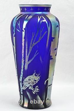 Fenton Glass Favrene Cameo Vase'night Caller' Kelsey Murphy 701703