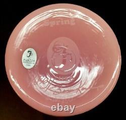 Fenton Kelsey Murphy Cameo Lotus Mist Spring Cat Vase Limited