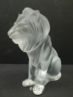Lalique Bamara Assis Lion Givré Sculpture En Verre De Cristal Signé France