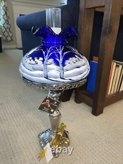 Nouveau Vieux Stock Rare Fenton Cobalt Scène D'hiver Lampe De Table